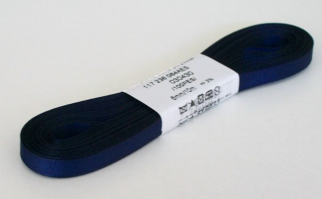 Taftová stuha 9 mm tmavě modrá 430 - 10 m