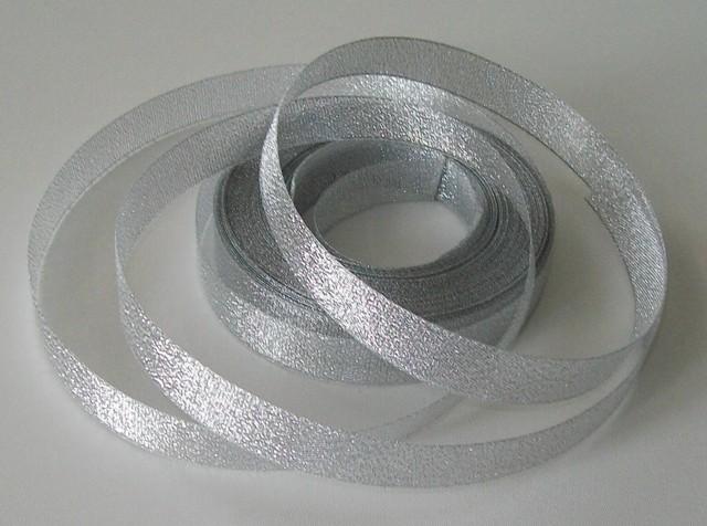 Stuha lurexová PAULA stříbrná 17 mm - 5 m