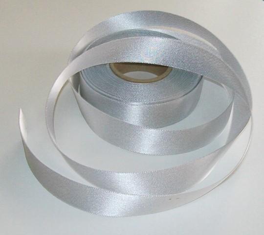 Atlasová stuha stříbrná 24 mm - 5 m