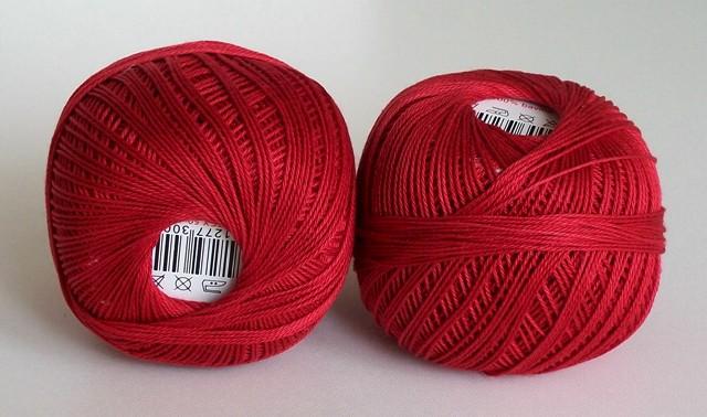 Háčkovací příze Sněhurka č. 3384 tmavě červená