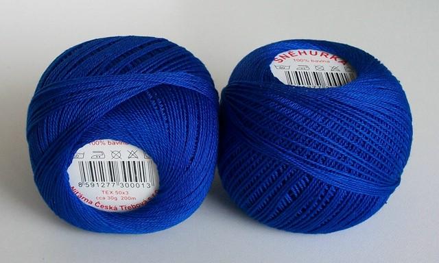 Háčkovací příze Sněhurka č. 5574 královská modrá