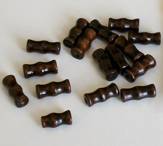 Dřevěný váleček 15 mm - tmavě hnědý